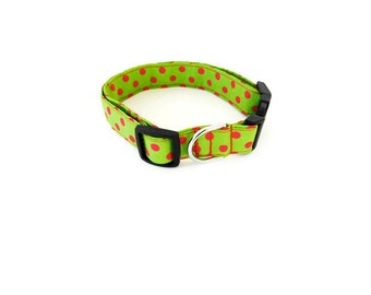 Green and red polka dot collar, red polka dot dog collar, green christmas dog cat collar, polka dot cat collar, holiday collar