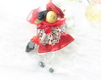 Anhänger rot Puppe, Anhänger Kaffee Kapsel, Druck mit einem Wasserzeichen versehen, Tochter Geschenk, Schmuck Verwertung, recycling