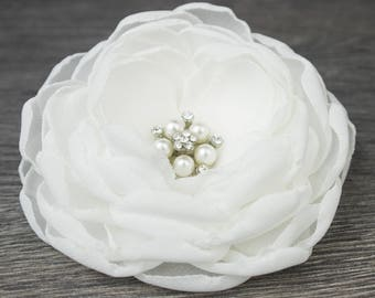 Ivory Fascinator - Ivory Hair Flower - Bridal Hair Flower - Wedding Hair Flower - Bridal Accessory - Bridal Hairpiece - Wedding Accessory