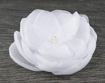 White Wedding - White Hair Clip - White Hair Flower - White Fascinator- White Hair Comb - White Flower Clip - White Flower Brooch -Hair Clip