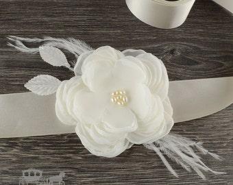 Beautiful Ivory Or White Flower Sash