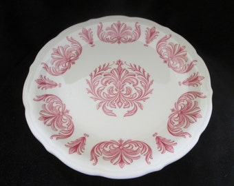 Vintage Syracuse China Restaurant Ware 9 1/2 Inch Pink Fleur De Lis Scalloped Edge Dinner Plate