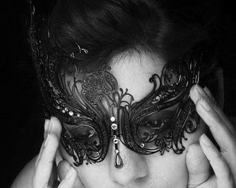 Sales!! Black Swan, New Masquerade Mask, Laser Cut Masquerade Ball Mask, Detailed with Clear Swarovski Rhinestones,Masquerade Mask (For Her)