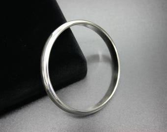 Half-9mm sterling silver Bangle Bracelet, 26grs