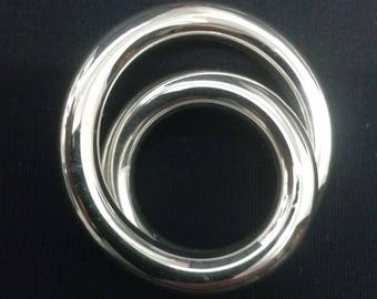 Large double crossed and rope silver rings, 5mm section, 32grs ring
