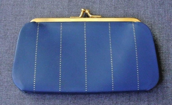 Pretty Blue Leather Coin Purse