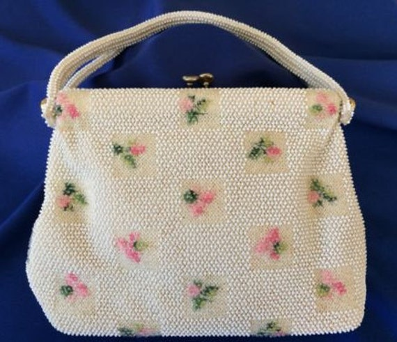 Popular Lumared Flower and Bead Bag