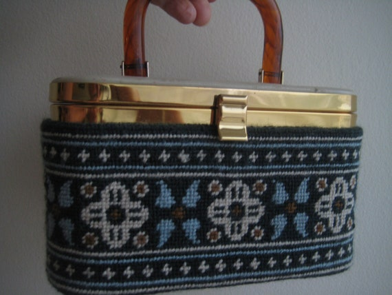 VTG Box Bag with Embroidered Wrap