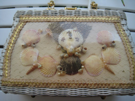 Fabulous VTG Seashell Wicker Bag by Atlas
