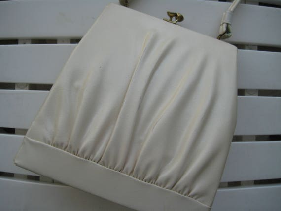 So Pretty!  Kelly Style Bag by Dover, USA.