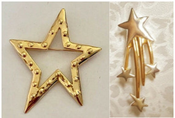 Star Search! Two Gold Tone Star Brooches.