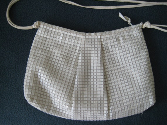 White Vtg Shoulder Bag by Lemured.  FREE US SHIPPING.