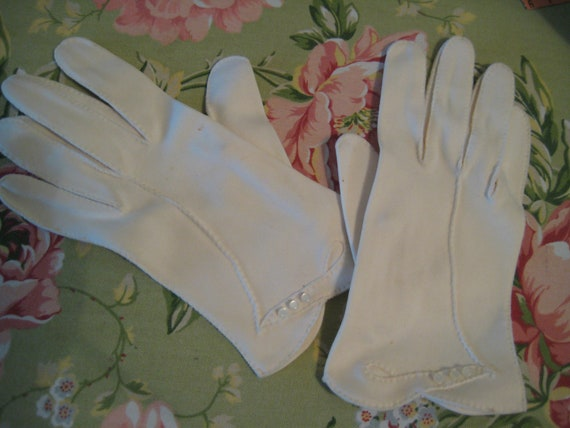 VTG White Dress Gloves