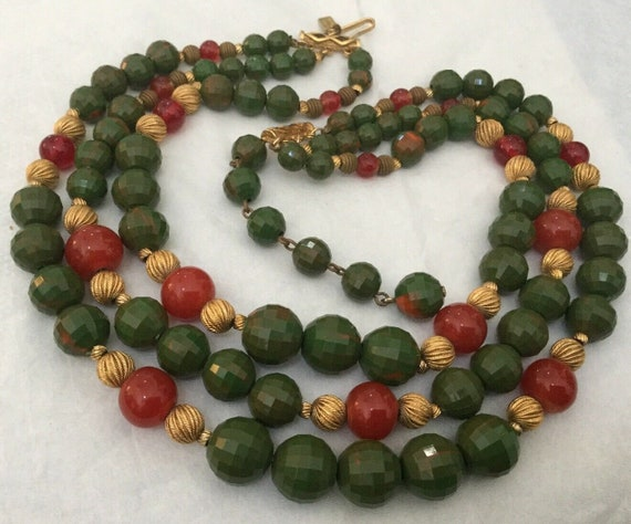 Stunning Glass Bead Necklace by Hattie Carnegie