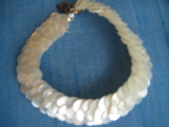 80's Mother of Pearl Necklace and Bracelet