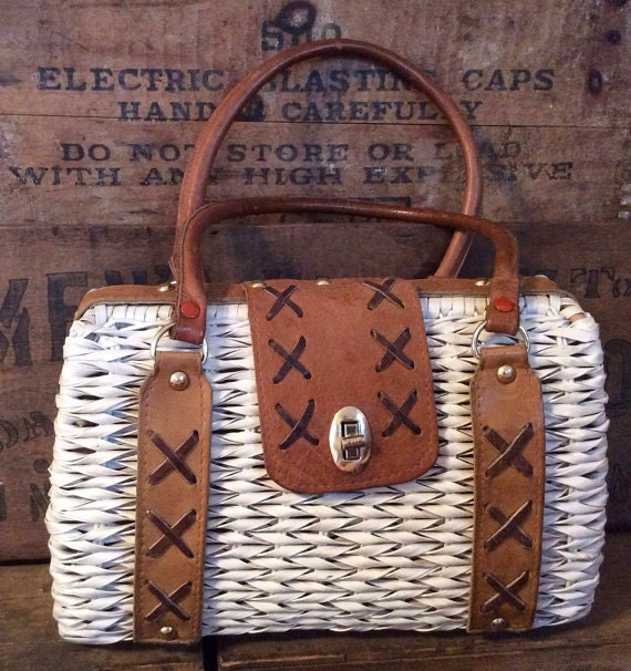 Stylish VTG Wicker Purse by Mister Ernest!