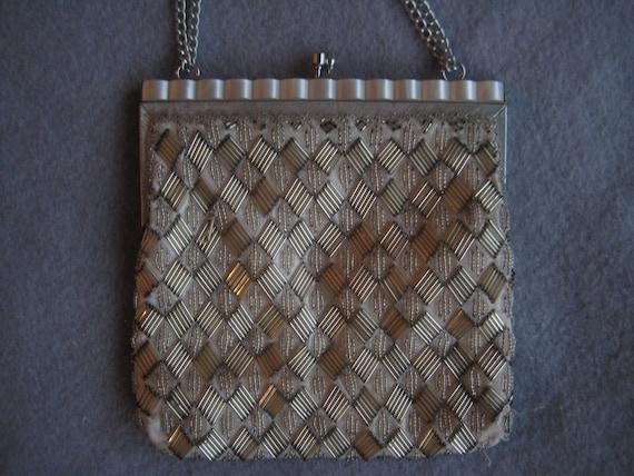 Lovely VTG Bag Needs a Little Care
