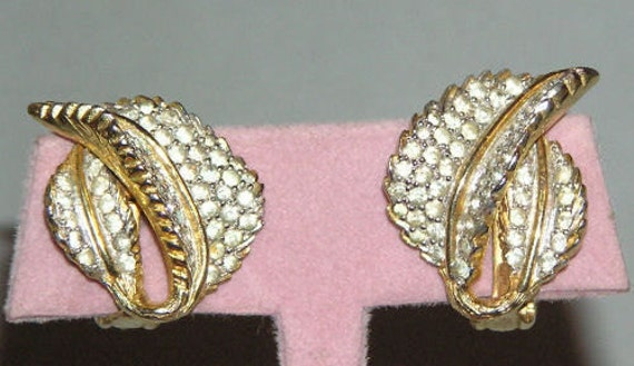VTG Nettie Rosenstein Rhinestone Leaf Earrings