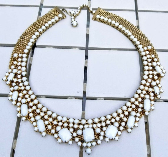 Hattie Carnegie Choker in White and Gold