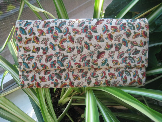 Sweet VTG Umbrella Print Clutch by Stylecraft Miami