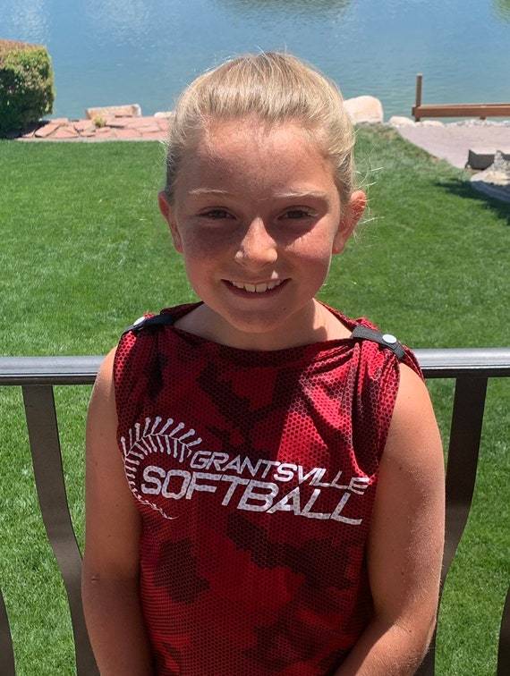 Sleeve bands softball, Sleeve clips T-shirt clips sports ties t-shirt scrunchies sleeve ties T-shirt bands sleeve scrunchies