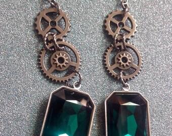 Large Crystal Drops Emerald Green