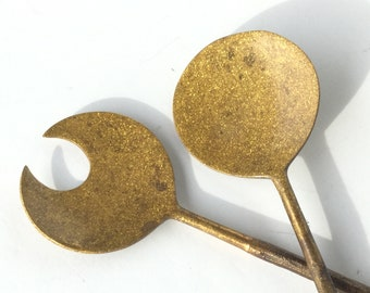 BRASS SALAD SERVERS Vintage Set of Beautiful Sparkly Golden Brass Salad Servers