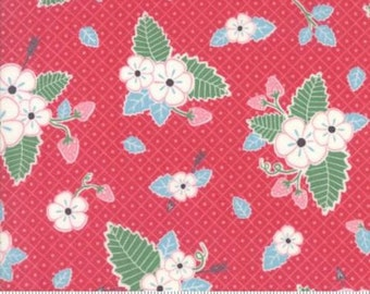 Bumble Berries Berry Floral from Moda by the yard