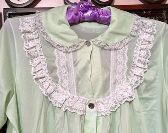 7f067f5abe Free shipping vtg 60s Nancy King green nightgown with lace   siZe small