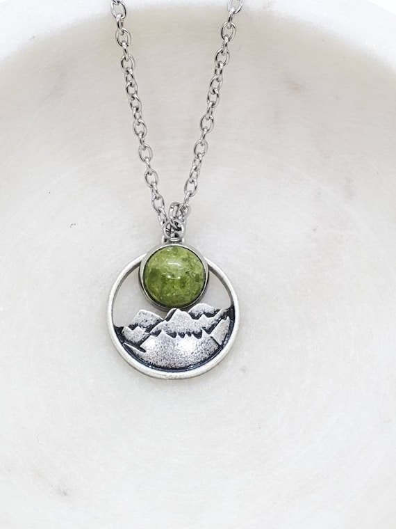 Memorial Ash Stainless Steel Floral Locket Pendant NecklaceCremation PendantPet Memorial JewelryCremationMore than 90 Color Options