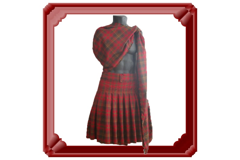 Medieval men great kilt & sash, Ancient highlander formal wear costume, Plaid tartan