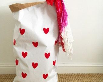 Papier stockage sac/sac LOVE HEARTS blanc ou marron - intérieur enfants
