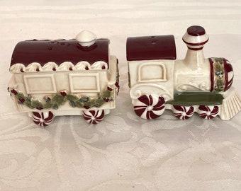 Vintage San Francisco Train Salt and Pepper Shakers Train Salt and Pepper Shakers Vintage Small Salt and Pepper