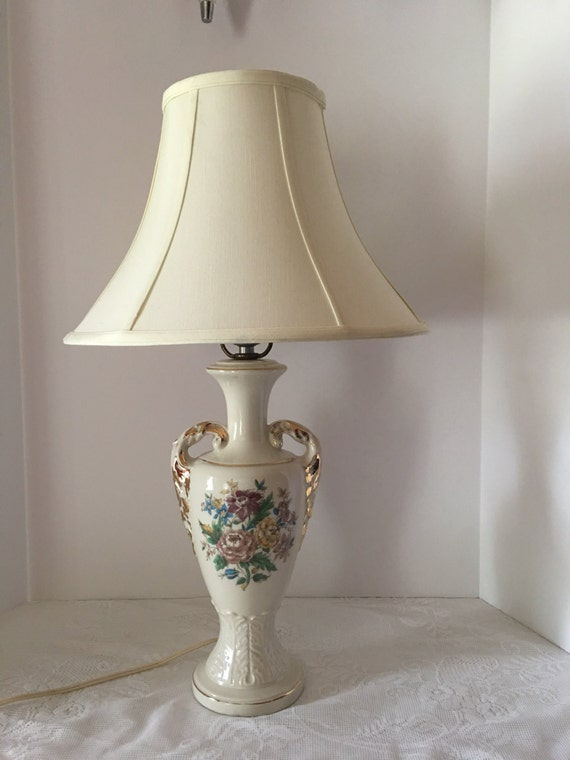 Urn Style Vintage Lamp Actual Shipping Based on Location Vintage Table Lamp Ceramic Lamp Gold Leaf Floral Lamp