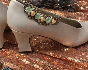 Mint and peach ceramic floral bridal shoe clip