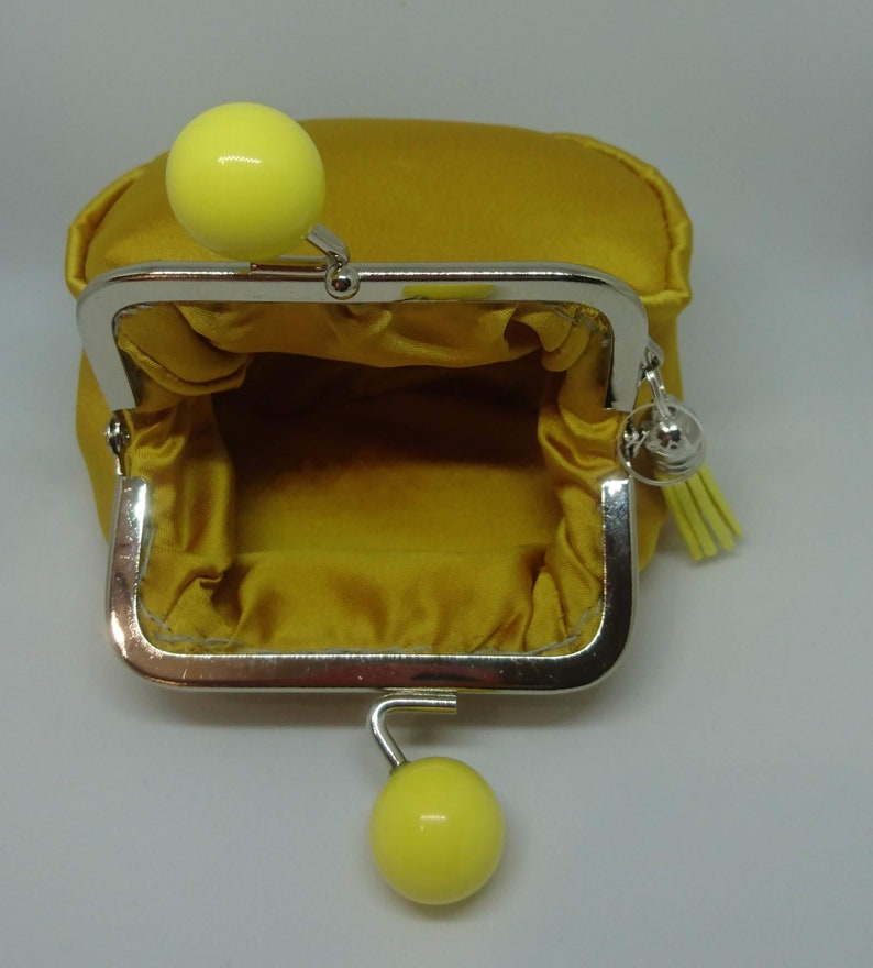 Coin purse Silver Clasp and large yellow lemon beads