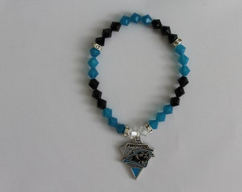 Carolina Panthers blue and black superduo beaded bracelet with Panthers charm /& magnetic clasp by Captivating Capricorn-in any size!