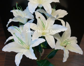 White lily bouquet | Etsy