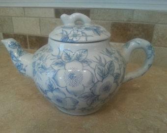 Blue & White Floral Teapot