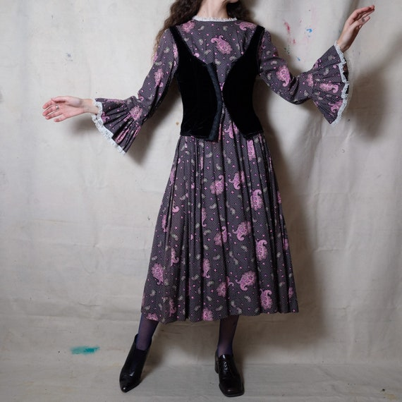 1970s does Victorian Paisley Print Cotton Dress |