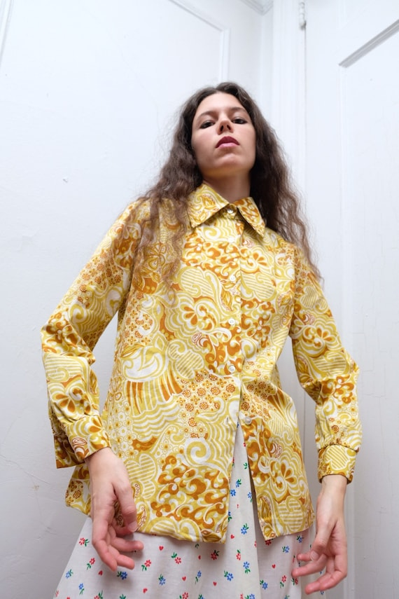 1970s Sunshine Psychedelic Print Blouse