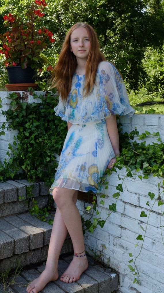 1960s Pleated Flower Child Party Dress