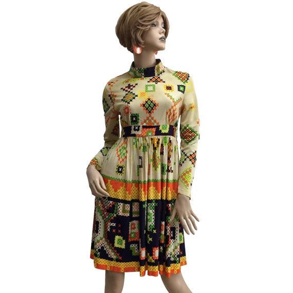 70's Geometric Patterned Polyester Crew Neck Dress