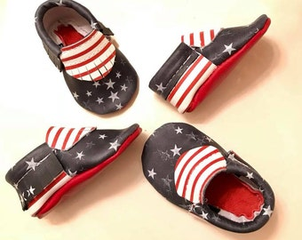 Baby Moccasins, 4th of July Moccasins, USA Moccasins, 4th of July Baby shoes, Red, White and Blue Moccs, Genuine Leather