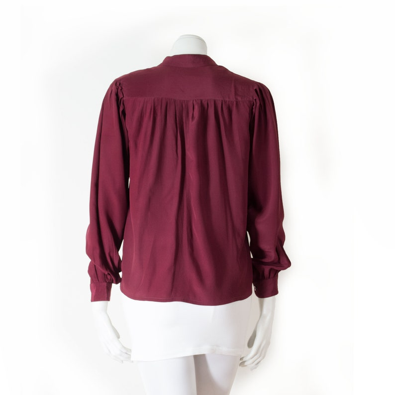 Nina RICCI blouse to tie in burgundy silk  S M  70s-80  Nina Ricci