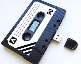 4GB/8GB/16GB USB Mixtape - Retro Personalised Gift - Loved One, Birthday, Wedding Present- Boyfriend, Girlfriend, Best friend- Flash Drive