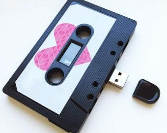 4GB/8GB/16GB Pink Heart - USB Mixtape - Retro Personalised Gift - Love, Birthday Present- Boyfriend , Girlfriend, Best friend- Flash Drive