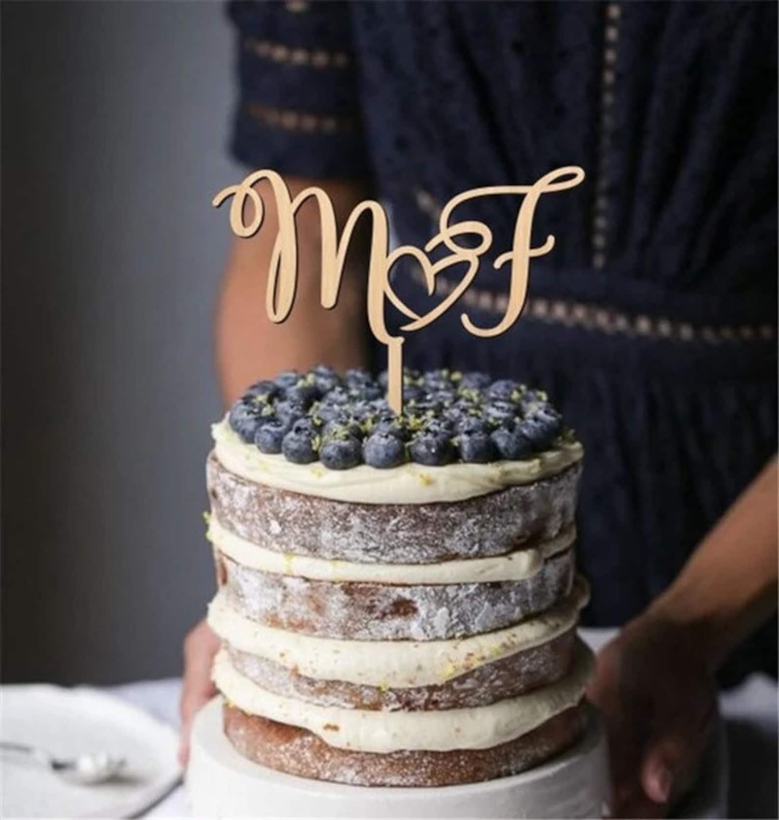 Cake Topper mit Initialen