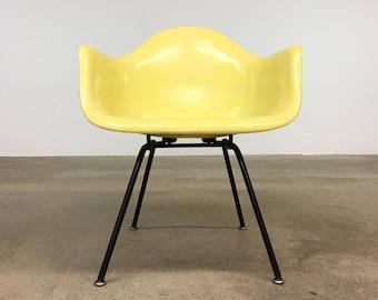 Herman Miller | Zenith Lemon Yellow Armshell | Eames