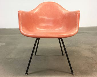 Herman Miller | Eames Salmon Armshell Summit | Mid Century lounge chair
